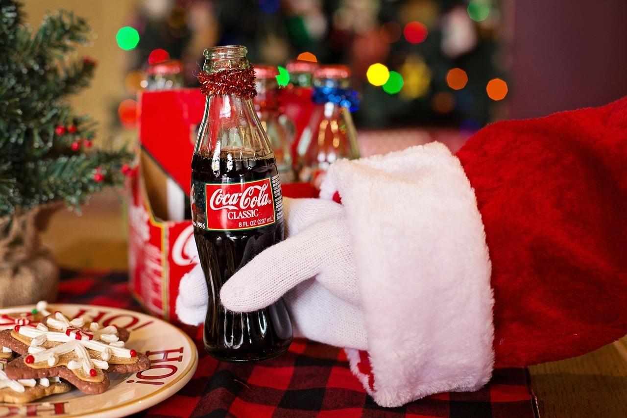 картинки с рождеством кока кола известно